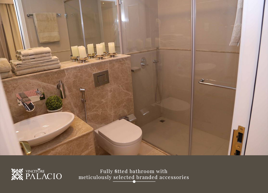 palacio bathroom